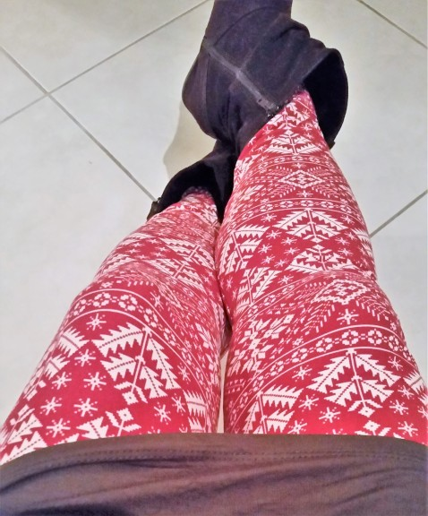ootd-festive-leggings-look-2